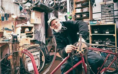 """Pertti """"Pepe"""" Mikkonen parantaa maailmaa pyörä kerrallaan"""